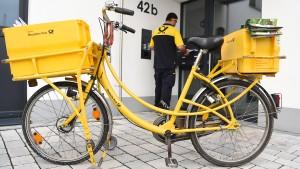 Von der Schulbank aufs Postrad – für 2172 Euro Gehalt