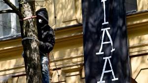 taz-Journalist von Polizei festgehalten