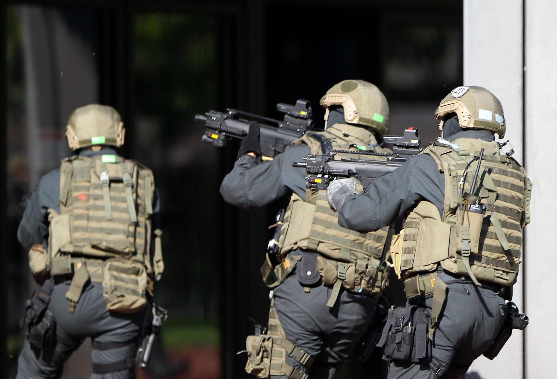 Gsg 9 Einsatz In Freital Bei Dresden Gegen Neonazi Gruppe