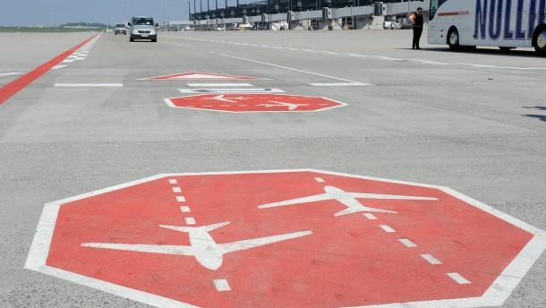 Neuer Hauptstadtflughafen öffnet später