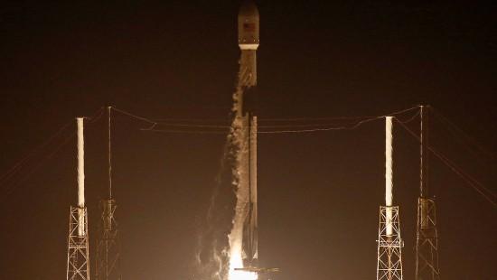 Erfolgreicher Falcon-9-Start für SpaceX