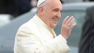 Franziskus hocherfreut über historische Entscheidung