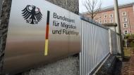 Eine Rückkehr ins Kriegsgebiet wird nicht unterstützt, heißt es beim Bundesamt für Migration und Flüchtlinge.