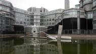 """Aus dem Hauptquartier des niederländischen Geheimdienstes AIVD kamen die Hinweise über die russische Hackergruppe """"Cosy Bear""""."""