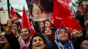 Wahlbehörde erklärt Imamoglu zum Bürgermeister von Istanbul