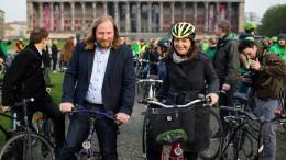 Grüne fordern Ende des Verbrennungsmotors bis 2030
