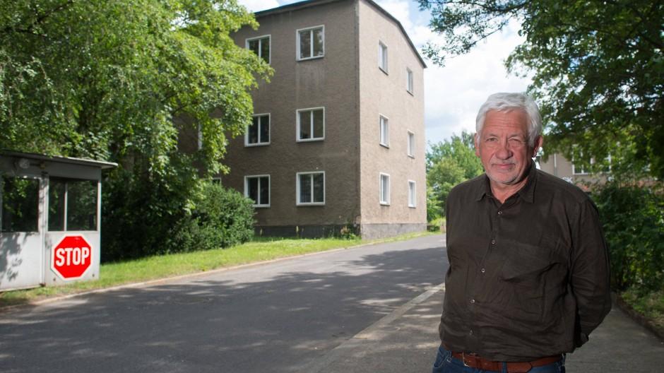 Der Sammler: Axel Haubrok wollte eine Kunsthalle. Jetzt drohen ihm 500.000 Euro Strafe, wenn er weitere Ausstellungen auf dem Gelände plant.