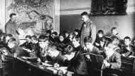 Eine deutsche Schule in Belgien, zur Zeit des Ersten Weltkriegs.