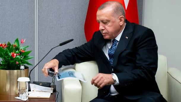 Wie die EU und Deutschland die Türkei alimentieren