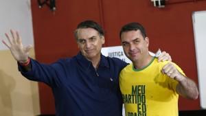 Verdacht gegen Bolsonaros Sohn belastet brasilianische Regierung