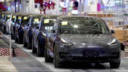 Gericht verbietet Teslas Autopilot-Werbung