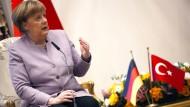 Merkel: Opposition gehört zu einer Demokratie dazu