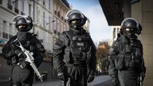 Zehn Terrorverdächtige bei internationaler Razzia festgenommen