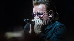 U2-Sänger Bono muss Konzert in Berlin abbrechen