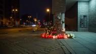 Gedenkstätte: Zwei Personen wurden bei einem Raser-Unfall in Frankfurt getötet.