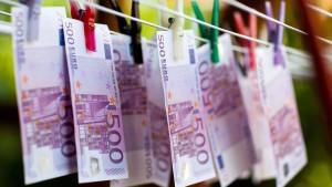 Kampf gegen Geldwäsche überfordert Banken