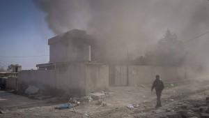 Irakische Truppen nehmen Flughafen ein