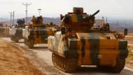 Türkischer Militärkonvoi erreicht Idlib