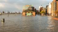"""""""Herwart"""" setzt Teile Hamburgs unter Wasser"""