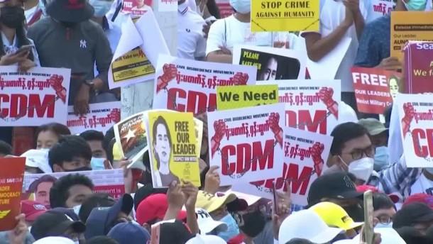 Regierungspartei und Aktivisten rufen zu Widerstand auf