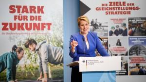 Regierung beschließt Gleichstellungsstrategie