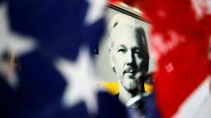 Gerichtsverfahren: Wird Assange ausgeliefert?