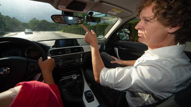 Fahrlehrer verzweifelt gesucht
