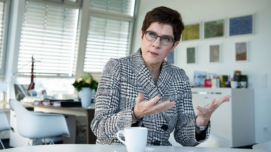 Annegret Kramp-Karrenbauer im F.A.Z.-Interview