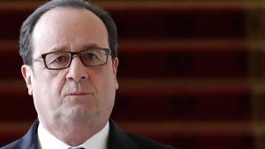 """Unterhält Hollande ein """"schwarzes Kabinett""""?"""