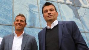 Schalke bekommt Besuch vom bösen Polizisten