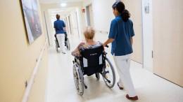 Koalition baut die Pflege aus – die Finanzierung ist vertagt