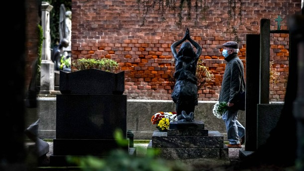 Italien verzeichnet über 850 Tote binnen 24 Stunden
