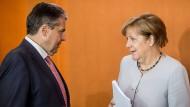 Sind sich nicht immer einig: Sigmar Gabriel und Angela Merkel