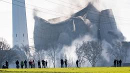 Steinkohlekraftwerk wird gesprengt