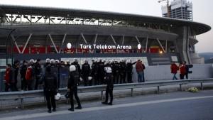 Istanbuler Fußballderby abgesagt