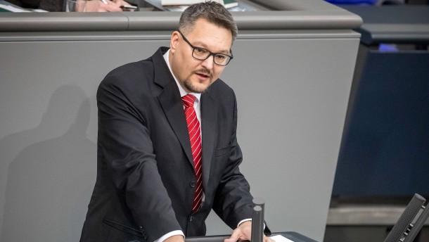 AfD-Abgeordneter soll Hitler-Motive verschickt haben