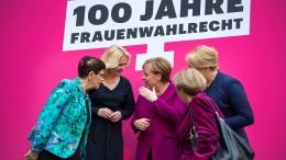 Merkel fordert deutlich mehr Frauen in Parlamenten