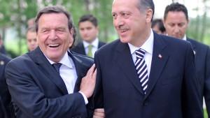 Schröder verhandelte Freilassung mit Erdogan