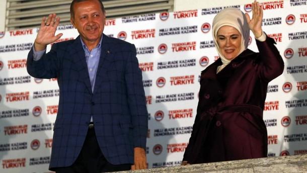 """Erdogan nennt Gleichberechtigung """"unnatürlich"""""""
