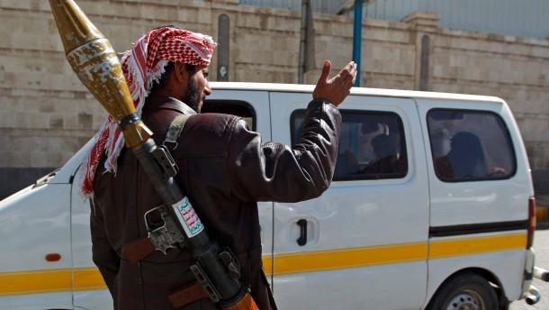 Houthi-Rebellen räumen Präsidentenpalast