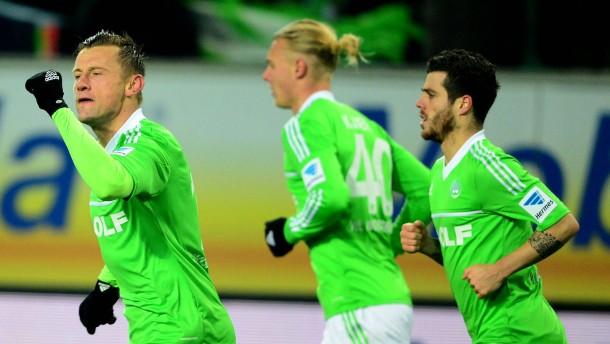 Wolfsburger Heimschwäche hält an