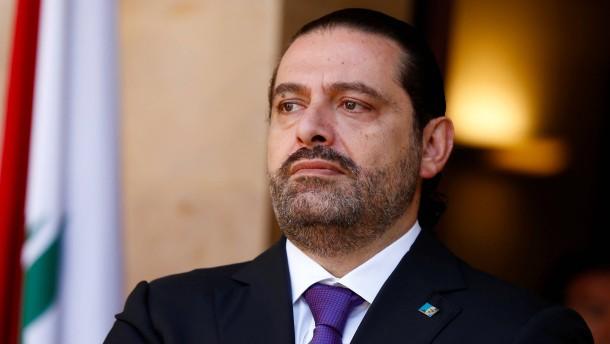Zurückgetretener Regierungschef Libanons bleibt Heimatland fern