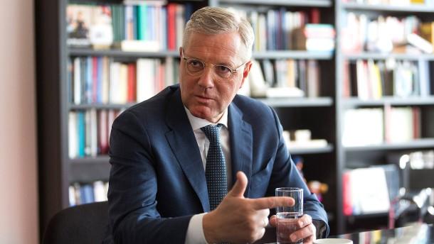"""""""Ein peinlicher Moment deutscher Außenpolitik"""""""