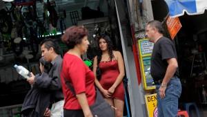 Milliardenprofite aus Zwangsarbeit und Prostitution