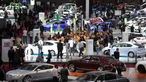 Absatzflaute überschattet den Pariser Autosalon