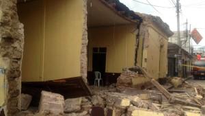 Zahlreiche Tote bei schwerem Erdbeben