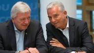 Der hessische Ministerpräsident Volker Bouffier und CDU-Innenminister in Baden-Württemberg Thomas Strobl sprechen sich für eine große Koalition mit der SPD aus.