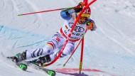 """""""In den Rücken eingeschossen"""": Felix Neureuther verletzte sich beim Team-Event."""