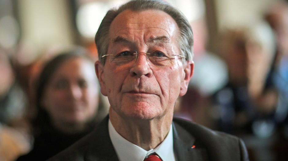Findet Opposition nicht mehr Mist: der frühere SPD-Vorsitzende Franz Müntefering, hier im Dezember 2015 in Mainz