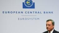 EZB-Präsident Mario Draghi bleibt bei seiner Zinslinie.